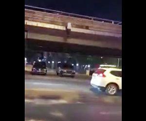 橋から飛び降り