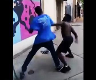 黒人のストリートファイト