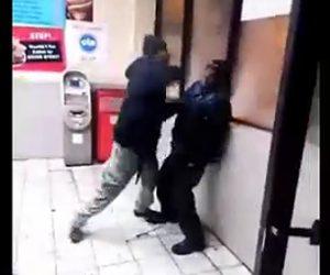 酔っ払いが喧嘩
