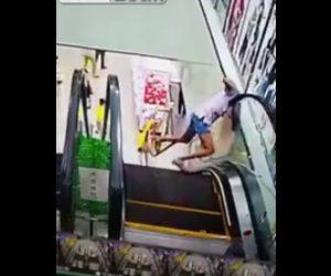 中国エスカレーター事故