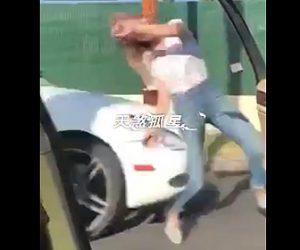 「Kiki Challenge」で事故