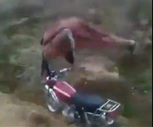 バイクジャンプ失敗