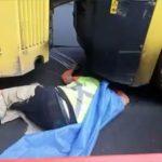 【動画】男性が後ろからロードローラー(地面を平らにする重機)に轢かれてしまう衝撃映像