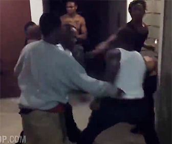 黒人達の壮絶な殴り合い