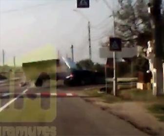 交差点で事故