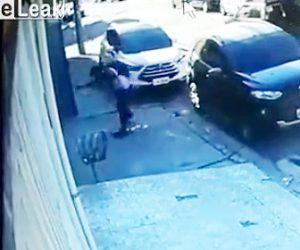 警察官の家に武装強盗