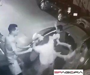 警察官が銃を奪われ頭を撃たれる