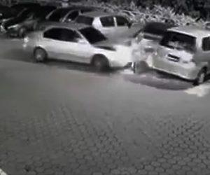 車で轢き殺す