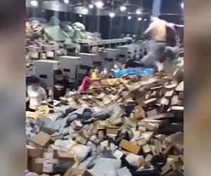 中国の郵便物の仕分けがヤバい