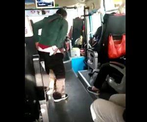 【動画】中国人女性がバスの中でウンコをする衝撃映像