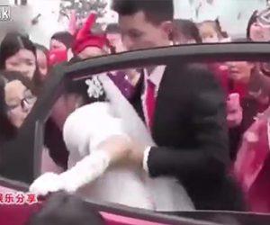 【動画】結婚式当日、花嫁に暴行する花婿