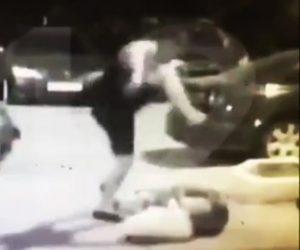 【動画】すれ違った見知らぬ女性に激しい暴行をする男がヤバすぎる