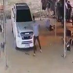 【閲覧注意動画】必死に逃げる妻と妻の家族を銃で撃ち殺す男