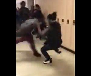 【動画】学校で少女2人が喧嘩。巨漢女と激しい過ぎる殴り合い。