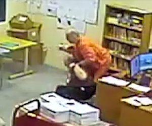 【動画】刑務所で受刑者が隠し持ったナイフで図書館職員を襲い人質に取り立てこもる衝撃映像