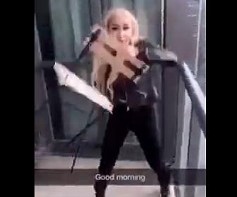 【動画】高層マンション45階バルコニーから19歳女性が椅子を投げ落とす衝撃映像