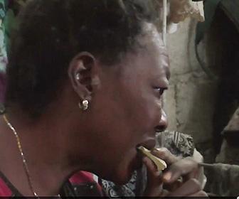 【動画】ハイチの貧しい人達が米が食べれず代わりに泥を食べる衝撃映像