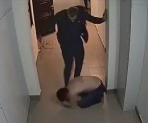 【動画】隣人の大音量の音楽を注意しに行った男性。激しい喧嘩になる