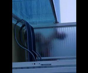 【動画】クルーズ船のバルコニーで海を見ながらS●Xする衝撃映像