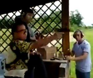 【動画】中国人観光客の銃の撃ち方が酷すぎる