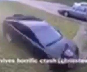 【動画】友達と遊んでいる少女に猛スピードの車が突っ込んで来る恐ろしい衝撃映像