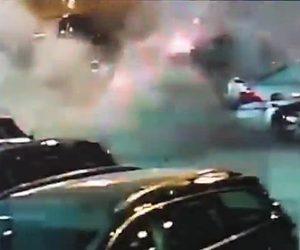 【閲覧注意動画】自動車爆弾が爆発し男性が吹き飛ばされる衝撃映像