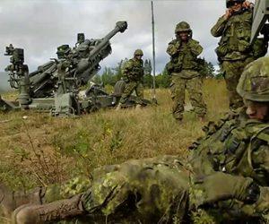 【動画】カナダ軍が寝ている兵士の横でカノン砲を発射して兵士を驚かせる衝撃映像