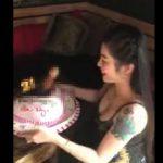 【動画】21歳女性の誕生日ケーキが卑猥すぎる