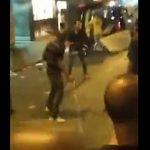 【動画】鉄パイプを持った男VSケーブルを持った男 激しい戦い