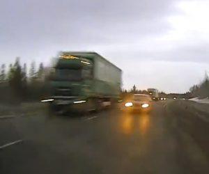 【動画】反対車線にはみ出し追い越しする車を避けようとするが…