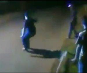 【動画】レースをするバイクを男性が煽るが2台目のバイクに撥ね飛ばされる衝撃事故映像
