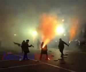 【動画】ギリシャの花火戦争祭りで花火がカメラマンに直撃し死亡してしまう衝撃映像