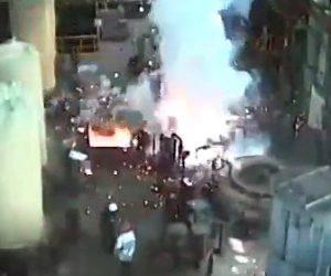 【動画】マグネシウム工場で爆発。作業員が大火傷を負ってしまう衝撃映像
