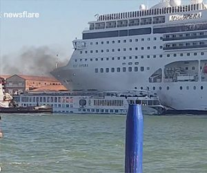 【動画】巨大クルーズ船が観光ボートに激突してしまう衝撃映像