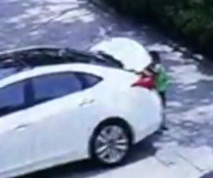 【動画】7歳男の子が車のトランクに入って出れなくなってしまい…