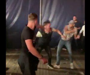 【動画】オランダの祭りで大乱闘。男達の激しい殴り合いがヤバい!