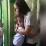 【動画】学校に着いた小学生達と女性教師の挨拶が可愛すぎる衝撃映像