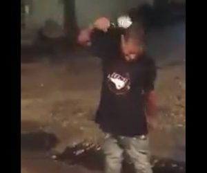 【動画】男性が酒瓶を頭で割ろうと何度も試みるが…