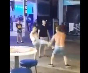 【動画】総合格闘家 VS 2人の若者 言い争いから激しいストリートファイト
