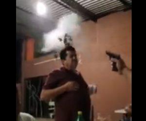【動画】友達の頭の上にビール瓶を乗せ銃で撃つ衝撃映像