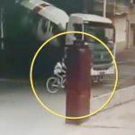 【動画】右折するミキサー車が自転車に乗る16歳少女を轢いてしまう衝撃事故映像