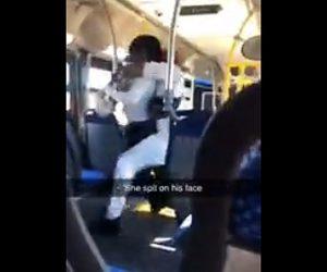 【動画】バス運転手に文句を言い唾を吐きかけた女がバスから投げ飛ばされる衝撃映像