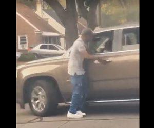 【動画】ロードレイジで男が相手のSUV車に詰め寄るがSUV車が急発進し…