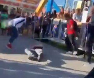 【動画】白人男性が黒人少年達に囲まれ殴り倒される衝撃映像