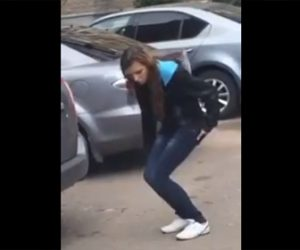 【動画】少女が駐車場で立ったまま寝てしまう衝撃映像