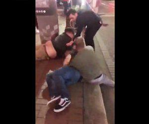 【動画】足のない男性がストリートファイト。男性を倒し殴りまくる衝撃映像