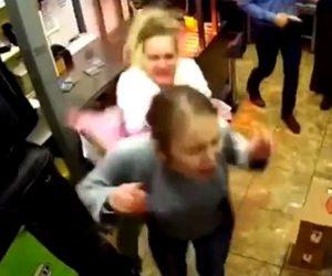 【動画】面接で落とされた女が女性スタッフに襲いかかる衝撃映像