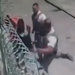 【動画】泥棒に銃を突きつけた警察官が衝撃の行動