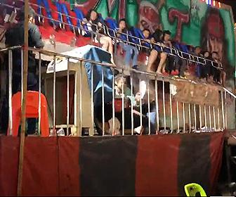 【動画】絶叫マシンの安全バーが壊れ、子供達が6mの高さから地面に叩きつけられる衝撃映像