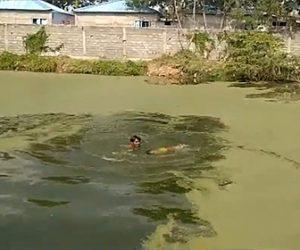 【動画】池で溺れている少女を男性が必死に助け出す衝撃映像